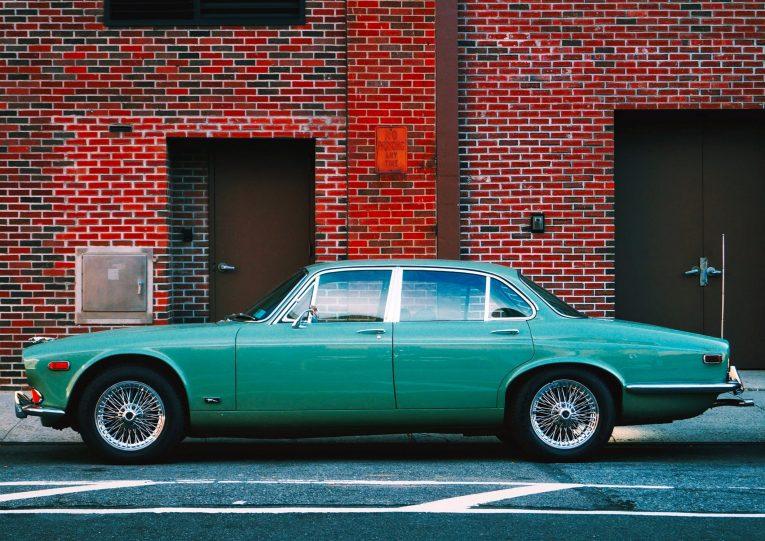carandclassic, motoring, automotive, car, cars, retro car, executive car, modern classic executive, jaguar, ford, bmw, mercedes, carandclassic, carandclassic.co.uk