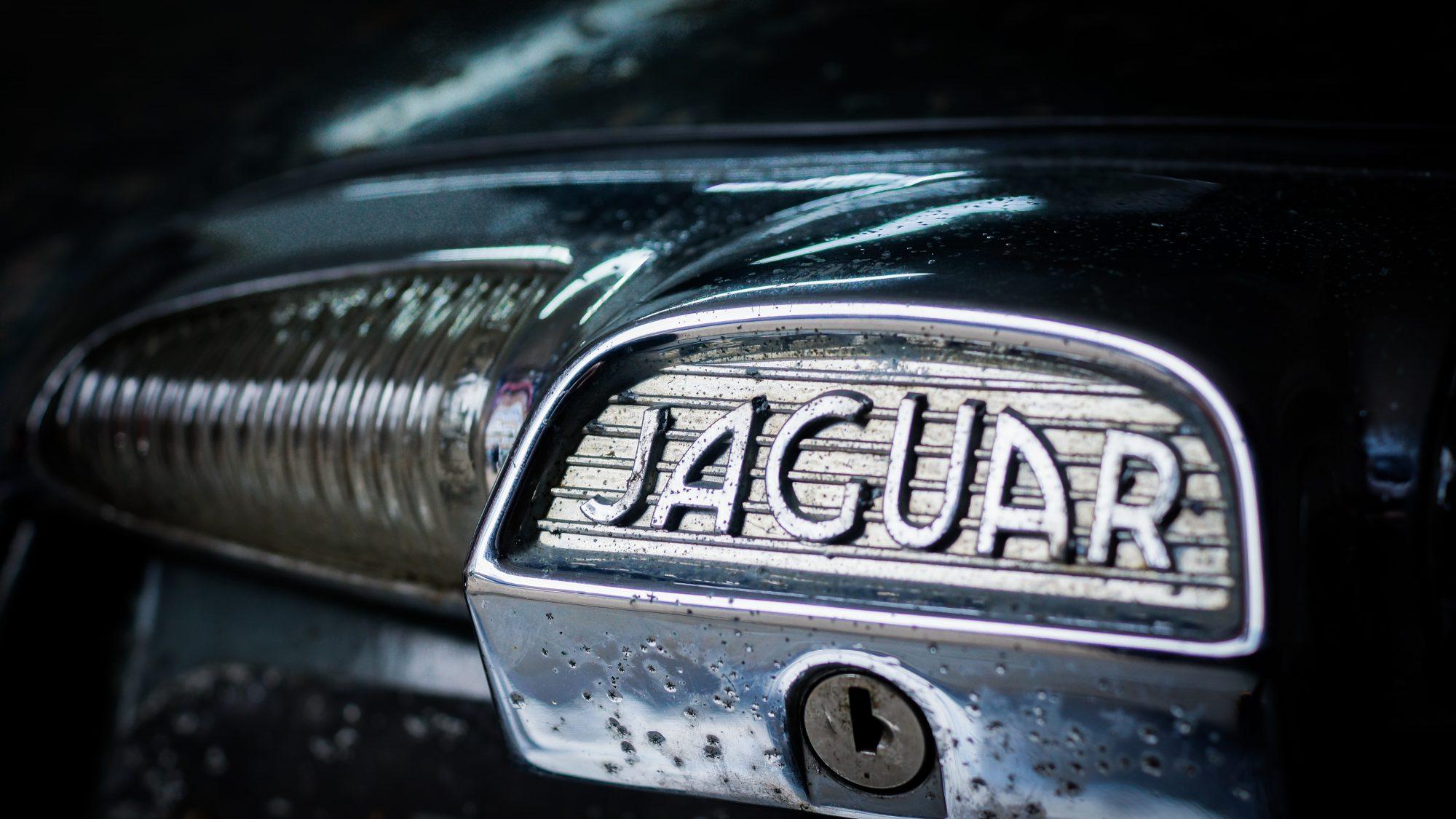 Jaguar, Jaguar 420G, 420G, The Krays, Ronnie and Reggie Kray, Jaguar emblem