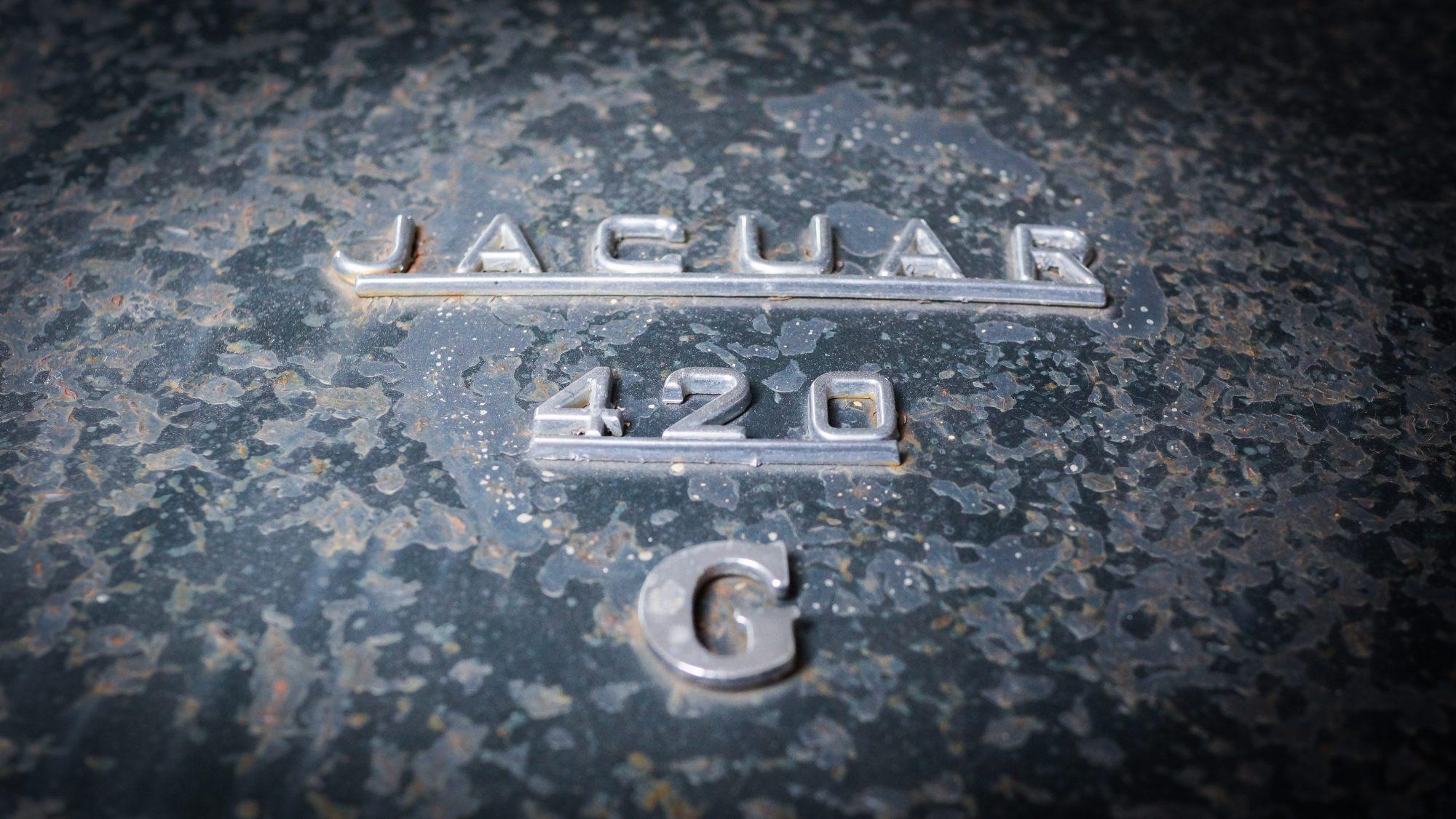 Jaguar, Jaguar 420G, 420G, The Krays, Ronnie and Reggie Kray, 420G badge