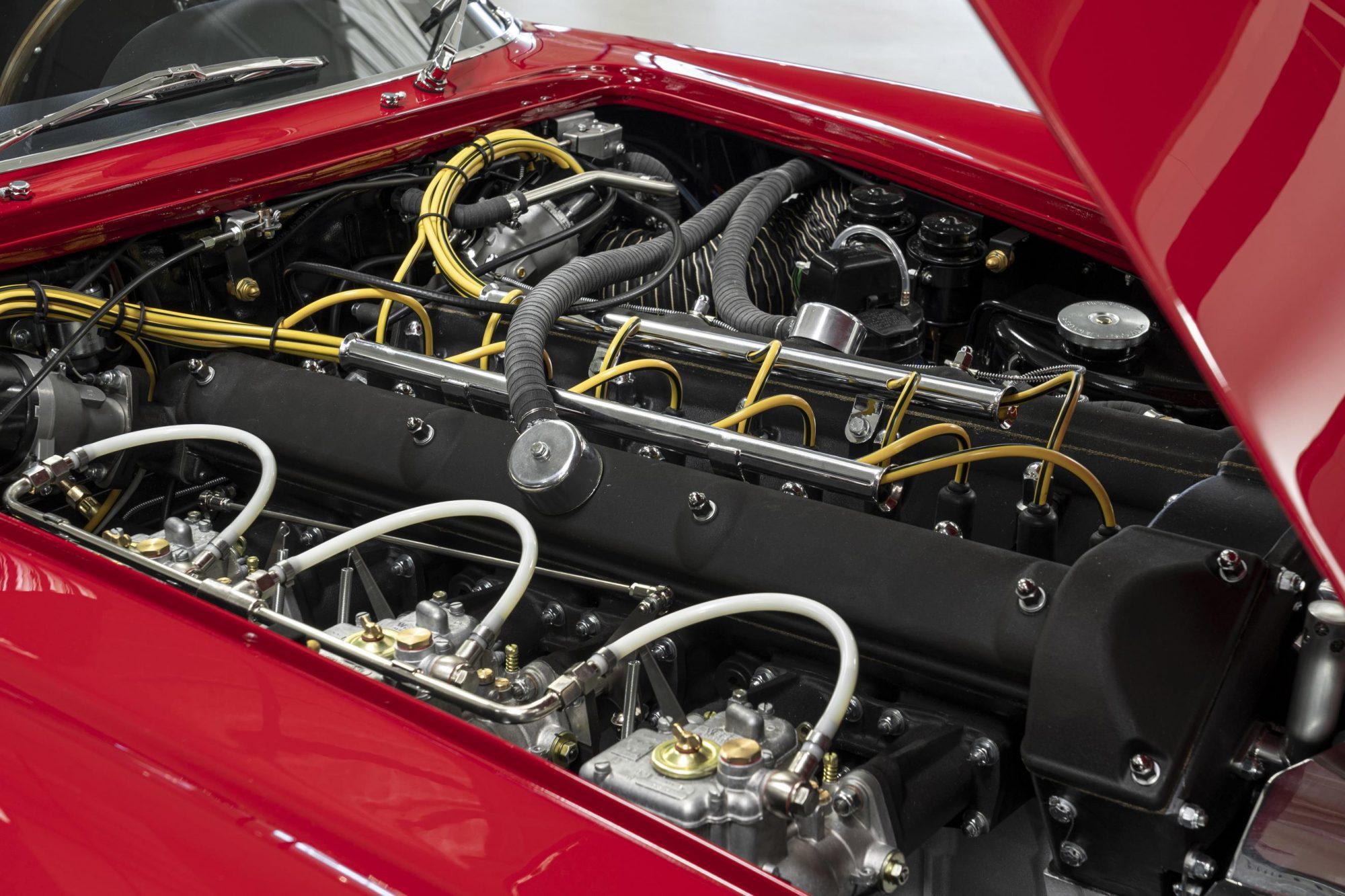 Aston Martin, Aston martin DB4 Zagato, DB4, Zagato, Zagato Continuation, DB4 engine