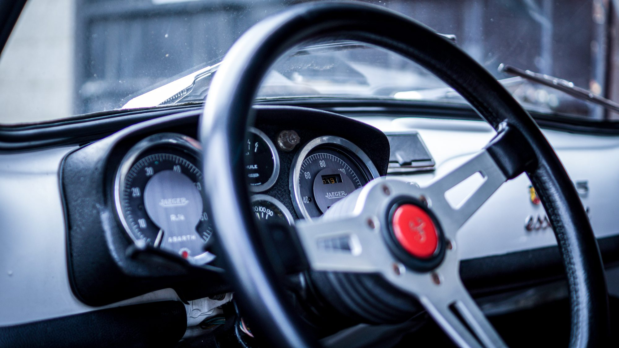 Abarth, Abarth 595, 595, 500, Fiat, Fiat 500,. hot hatch, classic car, retro car, motoring, automotive, carandclassic, carandclassic.co.uk, classic Fiat, Classic Abarth,