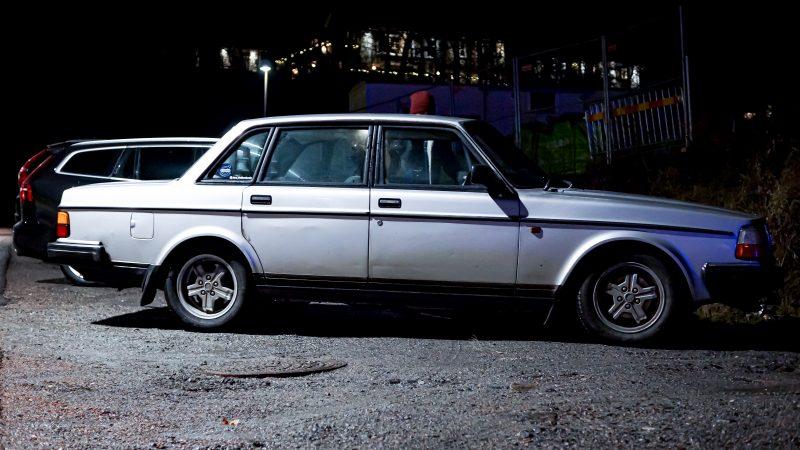 Volvo, Volvo 240, 240, louvres, classic car, retro car, motoring, automotive, road trip, motoring, carandclassic, carandclassic.co.uk