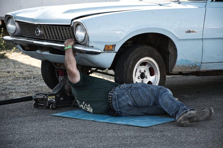 Jack, car jack, bottle jack, air jack, electric jack, trolley jack, car repair, car maintenance, classic car, retro car, motoring, automotive, carandclassic, carandclassic.co.uk