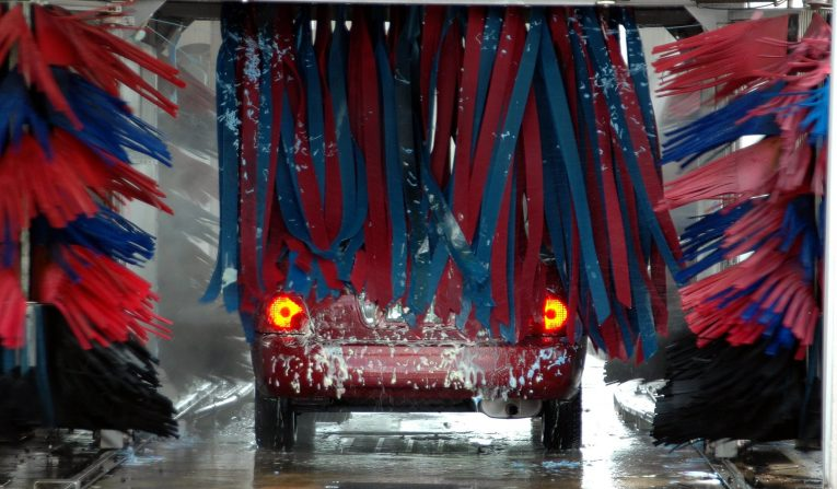 car cleaning, car detailing, car restoration, polish, wax, classic car, retro car, motoring, automotive, carandclassic, carandclassic.co.uk