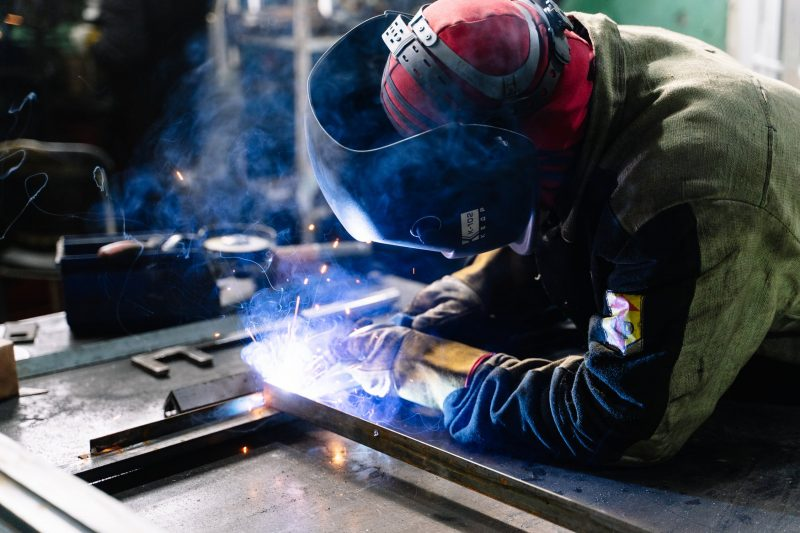 Welding tools, metalwork, classic car restoration, classic car repair, motoring, automotive, carandclassic, carandclassic.co.uk, sealey, sealey tools, welder, welding, rust repair