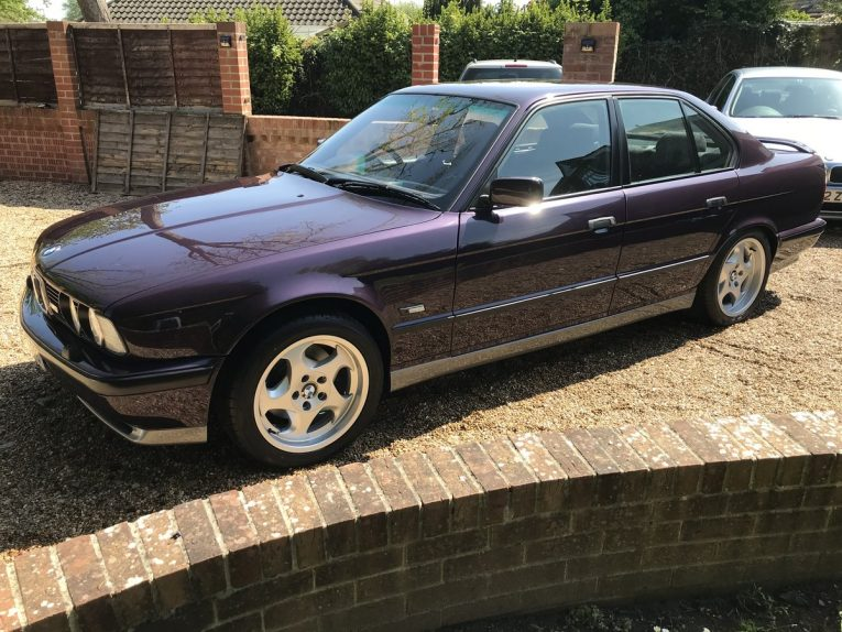M5, BMW M5, E34 M5, E34, classic car, retro car, motoring, automotive, oldtimer, BMW M Car, Dayton Violet, performance saloon, car and classic, carandclassic.co.uk
