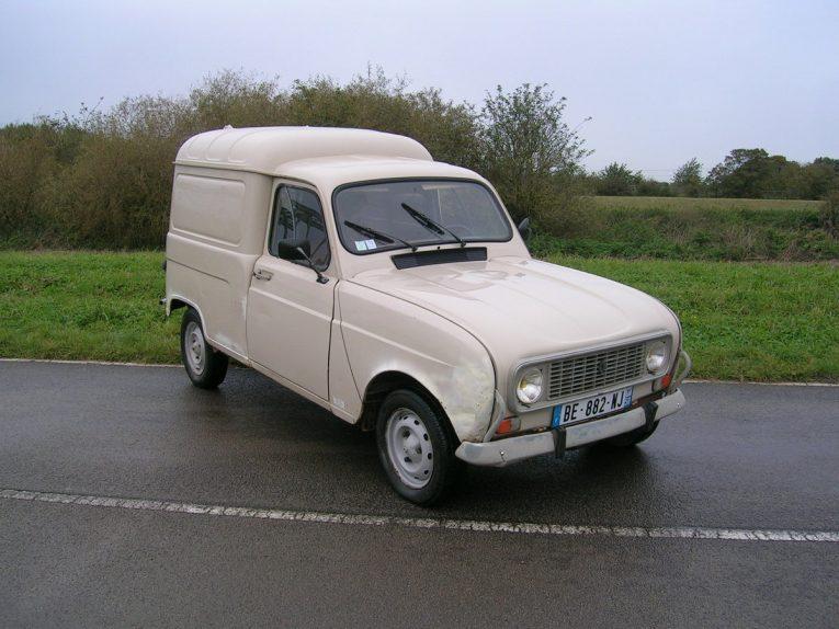 Renault, Renault 4, Renault 4 van, classic van, retro van, motoring, automotive, motoring, car and classic, carandclassic.co.uk, motoring, automotive, project car, barn find, restoration project