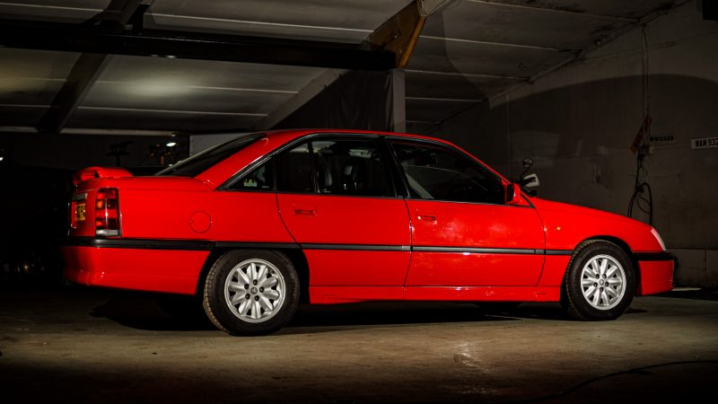 Vauxhall, Vauxhall Carlton. Carlton. Carlton GSi, Carlton GSi 3000, motoring, automotive, classic car, retro car, performance car, performance Vauxhall, Lotus, Lotus Carlton, car and classic, carandclassic.co.uk