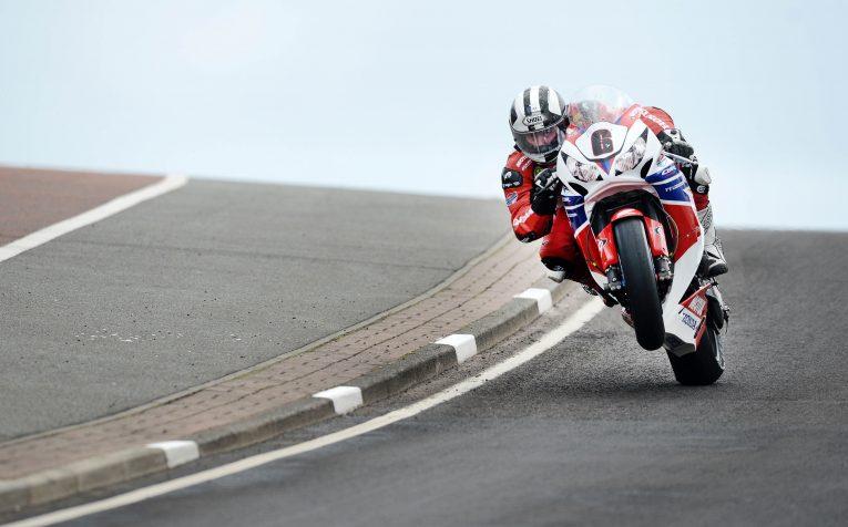 Isle of Man, Isle of Man TT, TT, TT race, motorbike, motorcycle, motorsport, sportsbike, superbike, high speed, car and classic, carandclassic.co.uk, Guy Martin, Tony Pond, classic bike, retro bike,
