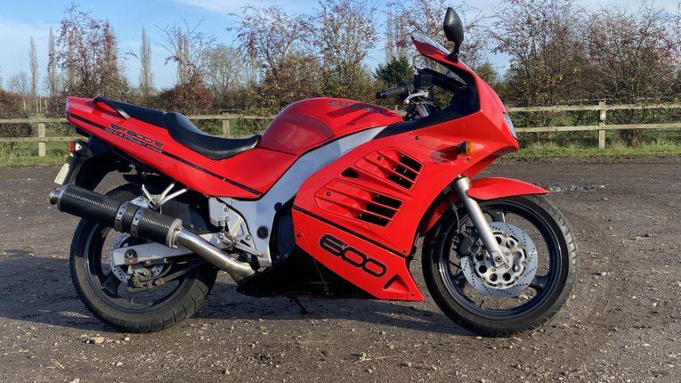 Classic bike, retro bike, bike project, Suzuki, Suzuki RF600R, RF600R, motoring, automotive, car and classic, carandclassic.co.uk, sportsbike
