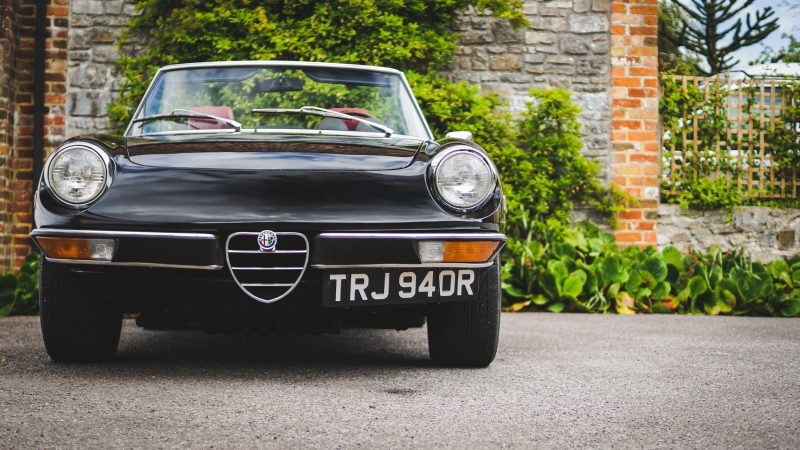 car and classic, carandclassic.co.uk, photo, photography, car photography, how to photograph car, lightroom, retro car, classic car,